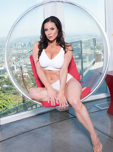 Kendra Lust porn videos