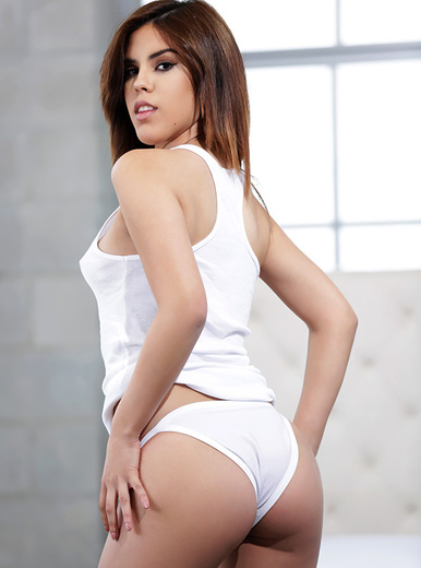 Lilith Shayton porn videos