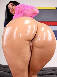 Olivia Olovely - XXX Pornstar