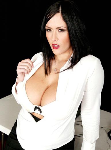 Carmella Bing - XXX Pornstar