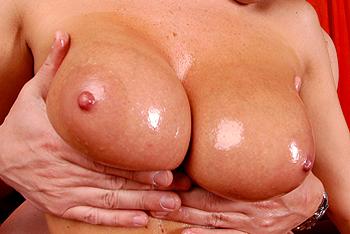 Wet & Juicy