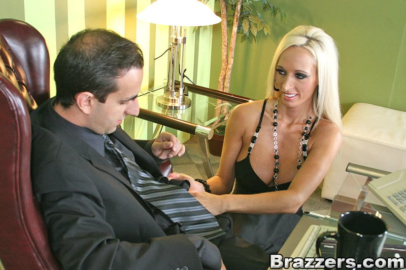 Brazzers HD Big titis at Work #1 – Unbelievable Secretary