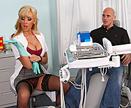 Highly Recommended Dentist - Jessica Lynn - 1