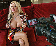 I love Holly Days! - Holly Halston - 1