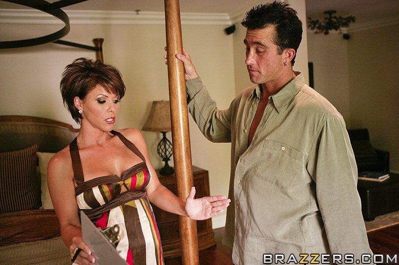 Kayla Synz Big Tits At Work 45