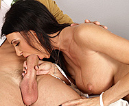 A Blowjob a day keeps the Doctor Away - Jessica Jaymes - 2