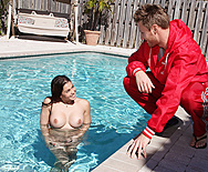 Lucky Lifeguard - Ryder Skye - 1