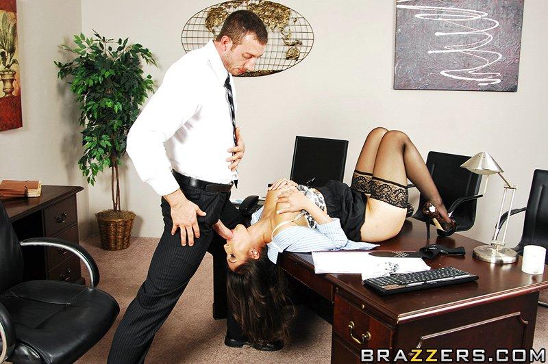 директором одетая с секретарша переспала