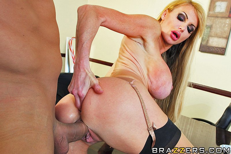 Can not taylor wane big tits lie