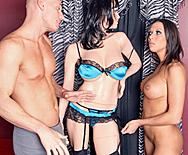 Hot Porn Star Fucks At  A Sex Shop - Rachel Starr - 1