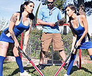 Big Tits in Field Hockey - April O'Neil - Daisy Cruz - 1