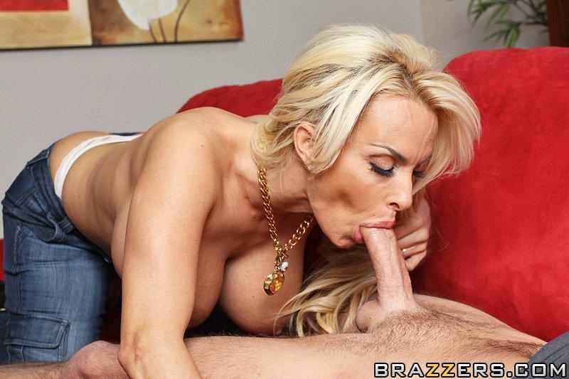 Порно блондинки под