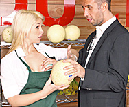 Only one way to save the store! - Sarah Vandella - 1