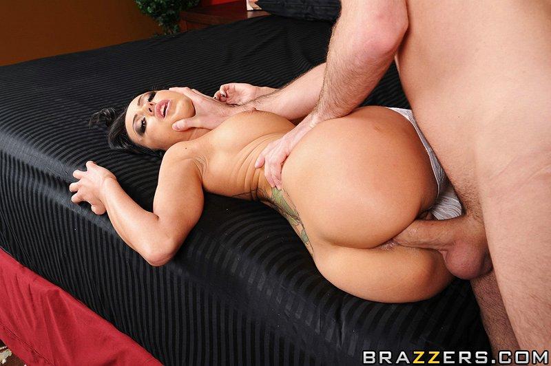бесплатное порно brazzers секс со спящими
