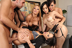 Office 4-Play II: Asian...