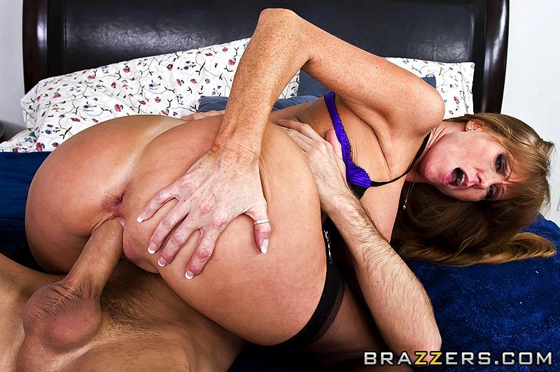 Фото секса с жопастой мамачкой 2 фотография