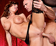 Boobies Over Broadway - Veronica Avluv - 5