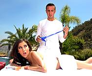 Vacation Flirtation - April O'Neil - 3