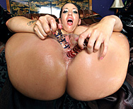 Creampie On A Divine Ass - Kelly Divine - 1