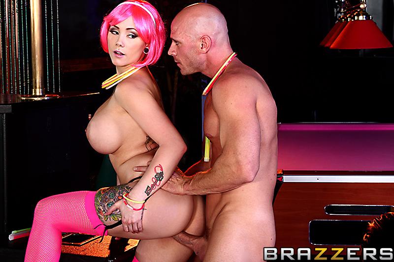 Смотреть бесплатно порно трахает грудастую стриптизершу фото 229-342