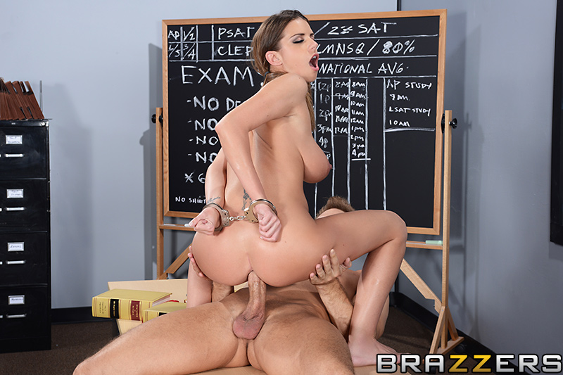 �������� ����� ��� ������� Brooklyn Chase