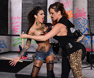Battle of the Bitches - Tory Lane - Bonnie Rotten - 1