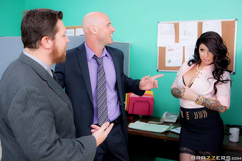 Секс с начальником после рабочего дня