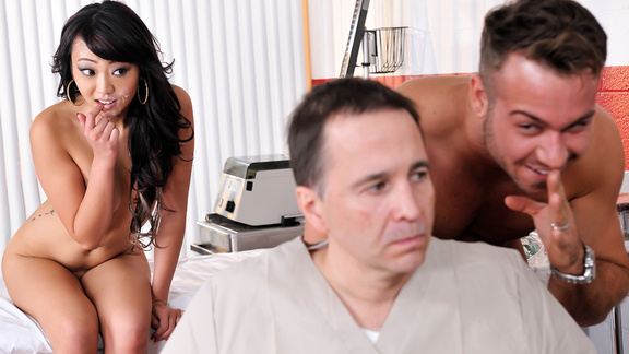 Brazzers – He's Faking!