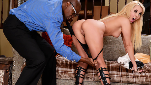 Brazzers – Payment In Pussy