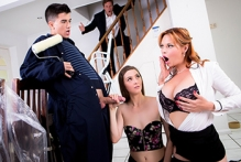 The Scoundrel Strikes Hard - Leyla Morgan